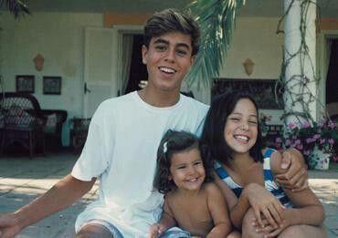 SO CUTE! Young Enrique Iglesias