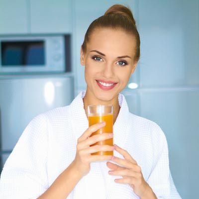 So können Sie Ihren Körper richtig entschlacken: Saftfasten hilft Ihnen bei der Entschlackung und Entgiftung ...