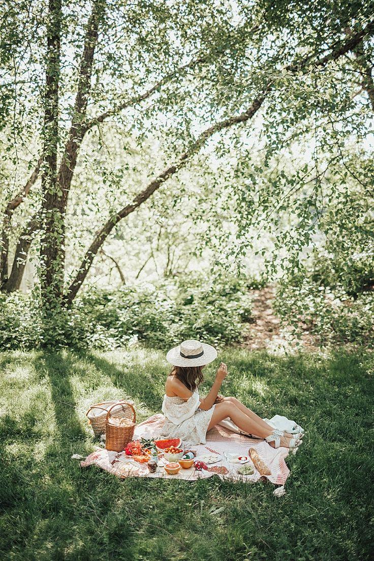 Picnic in Central Park #bytezza #picnic #summerideas
