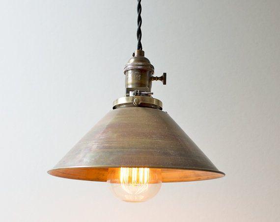 Le toit de tôle pendentif Light par SpeakeasyLamps sur Etsy 86€