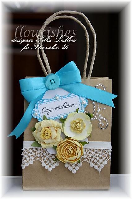 19 melhores imagens de decorated gift bags no pinterest decorating a plain kraft gift bag negle Gallery