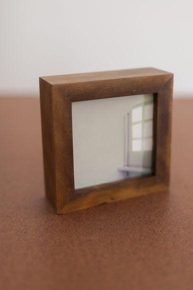 Moldura porta retrato de madeira maci a porta retrato de for Cama 0 90 x 1 90