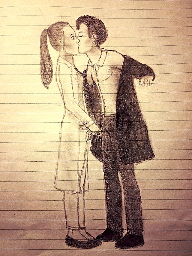 Just a lil Sherlolly kiss I drew to maybe make someone's day better.