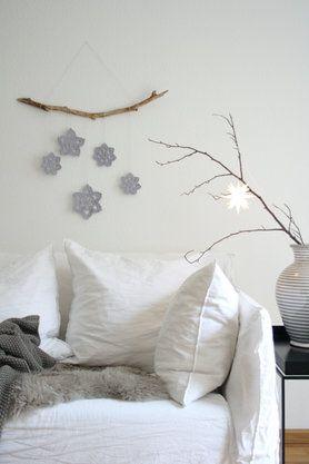 die besten 25 minimalistisch weihnachten ideen auf pinterest einfaches weihnachten einfache. Black Bedroom Furniture Sets. Home Design Ideas