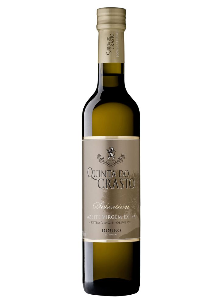 SELECTION EXTRA VIRGIN OLIVE OIL: Quinta do Crasto includes a considerable area of olive groves and has been producing extra virgin olive here for many years. Our Selection Extra Virgin Olive Oil is made from the traditional Portuguese olive varieties of Cobrançosa and Madural.