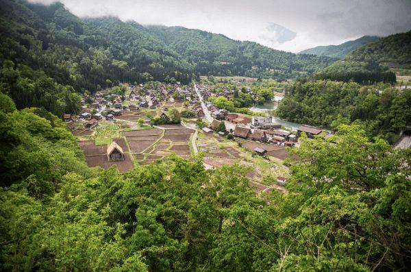 shirakawago village takayama japan