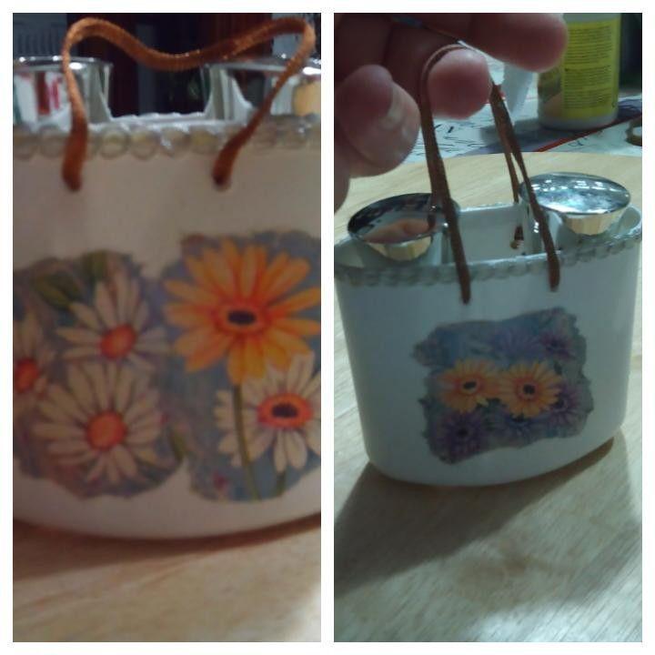 Mini bag porta smalti di mia creazione! Con flacone shampoo  Mini  bag for nail  polish ....my latest creation! With pet of shampoo