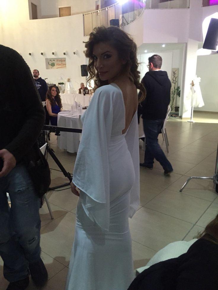 White dress Mprousko