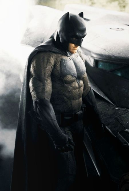 Batman Affleck Costume Color Ben Afflecks Batman Costume: Fan Reactions & Internet Memes