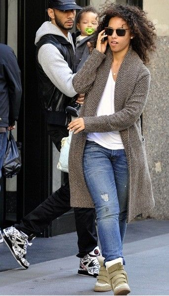 Alicia Keys also love the sneakers