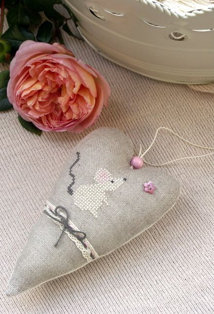 nursery decor heart ornament embroidered mouse