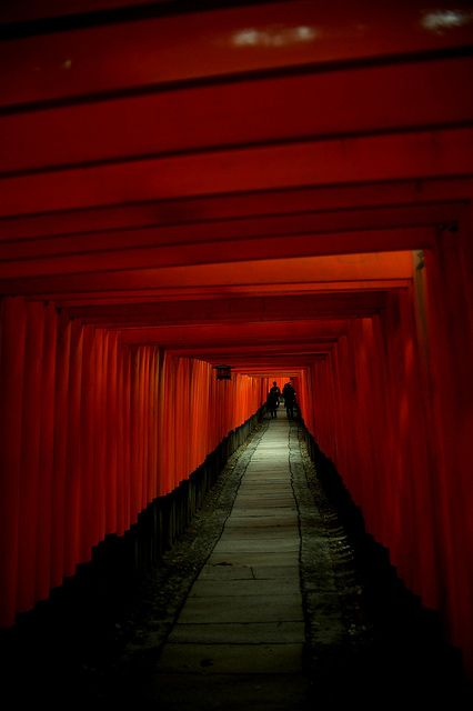 千本鳥居Ⅱ. | Flickr: Intercambio de fotos >>Come and see more daily photos at http://www.chocotripjapan.red/. <<