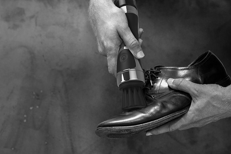 Equerry - The World's Premier Shoe Shiner  A simple and fast way to polish your leather shoes to a brilliant shine with excellent results in no time at all!  Equerry is the first USB rechargeable shoe shining device with a built-in polish reservoir