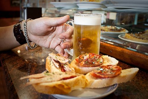 A guide to the eateries of Spain. << Restaurants have been a part of Spanish culture for centuries. Indeed Spain is home to the oldest surviving restaurant in the world. According to the Guinness book that would be Sobrino de Botín (established 1725) just off Plaza Mayor in Madrid.