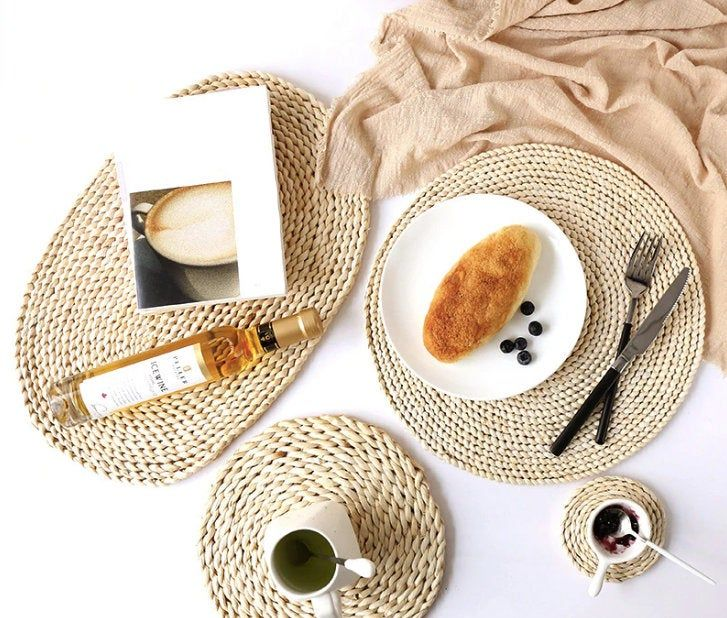 Handmade Rattan Round Heat Resistant Place Mats Coasters Etsy In 2020 Woven Placemats Table Mats Straw Placemats