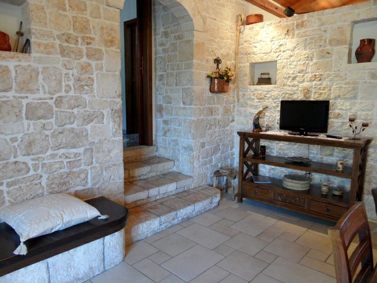 Trullo interior design trulli pinterest interior for Interni case antiche
