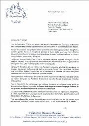 Braconnage des éléphants : Brigitte Bardot écrit à François Hollande pour demander l'aide des forces françaises.