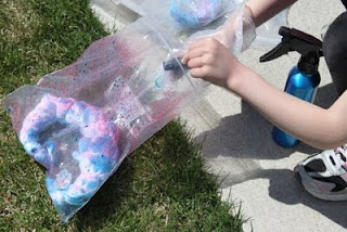 Tie Dye Easy Low Mess Method For Young Kids - a bag! so smart