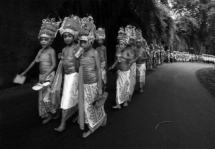 The BALINESE CEREMONY by Mario Blanco II on 500px