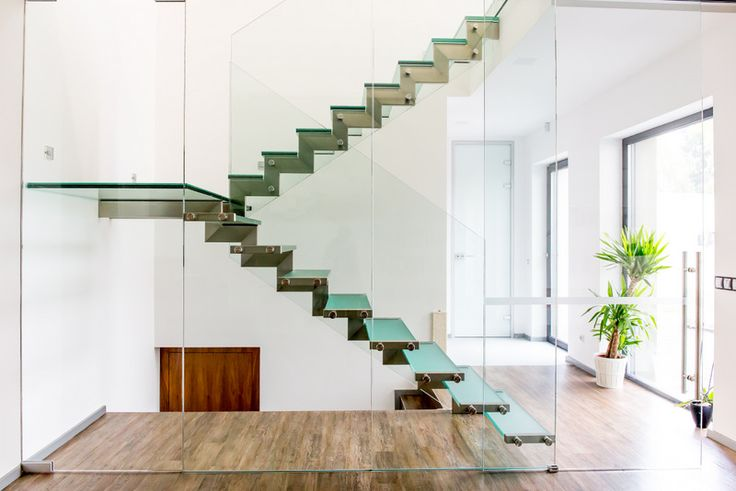 Glass staircase and landing.