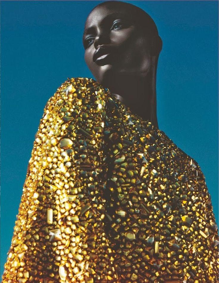 #Gold fashion photography