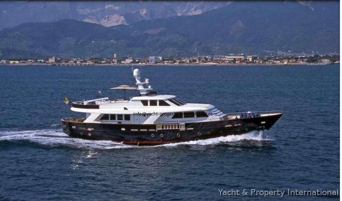 Benetti Sail Division - 79 SD Motorboot kaufen. Suchen Sie Boot Anzeigen in Spain.