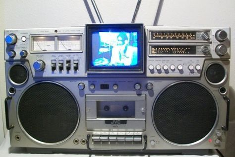 JVC 3090 CQM (with TV tuner)
