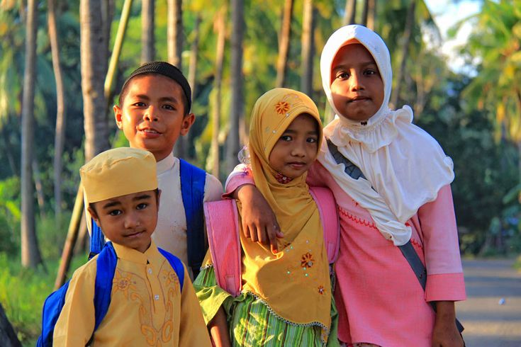 Andi and his friends, the children of the Bajo fisherman village in Riung were heading to their school, one hour walking uphill from their village.