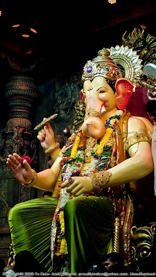 Lalbaugcha Raja is the popular public Ganesha idol kept at Lalbaug in Mumbai. It is one of the oldest sarvajanik Ganesh festivals of Mumbai established in 1934. Lalbaugcha is a place in Mumbai where Ganesh Mahotsav is taking place every year. It is famous for fulfilling the wishes of its worshipers and devotees. Lalbaghcha Raja is visited by lakhs of people during Ganesh Chaturthi festival.