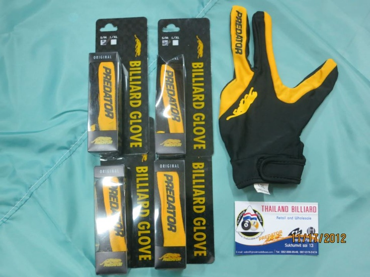 Original Predator Glove. Available at Thailand Billiard