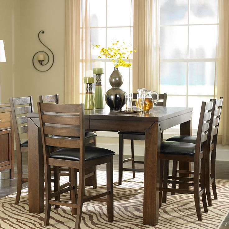 Woodhaven Hill Eagleville 7 Piece Dining Set