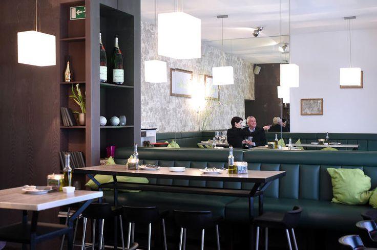 77 best images about d sseldorf lieblingsrestaurants on pinterest cape town restaurant and. Black Bedroom Furniture Sets. Home Design Ideas