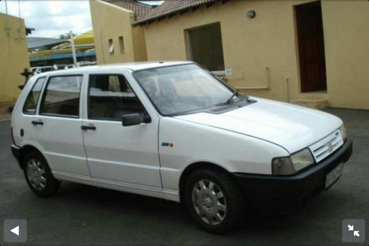 White Fiat Uno 1.1
