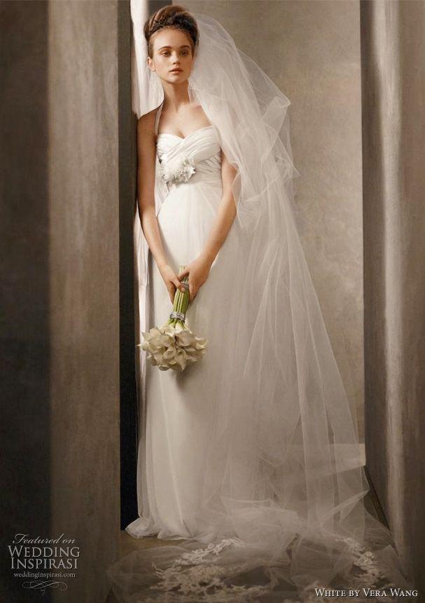 Spectacular Vera Wang White Wedding Dresses