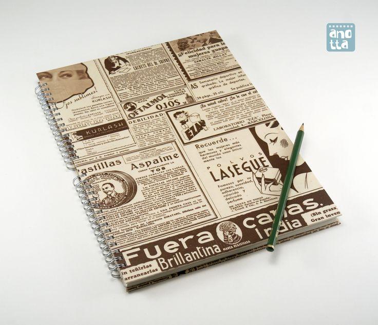 Libreta hecha a mano reciclando 4 páginas de una vieja revista de actualidad del año 1935.