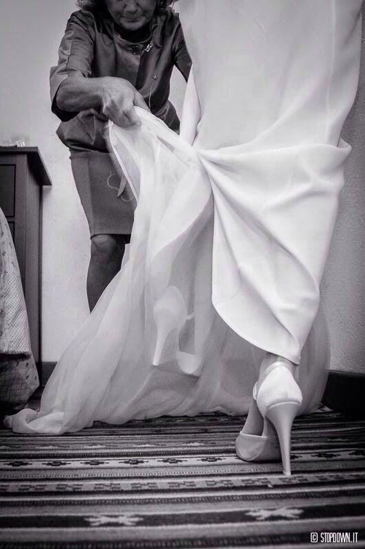 atelier yooj milano.atelieryooj.Atelier abito da sposa milano. Abito da sposa milano. Abito da sposa stile vintage anni 50. Atelier abito da sposa naviglio milano. abiti da sposa milano. abito da cerimonia milano.abiti da sposa Boho chic milano.abito da sposa retrò milano. wedding dress milan. atelier weddingdress milan italy