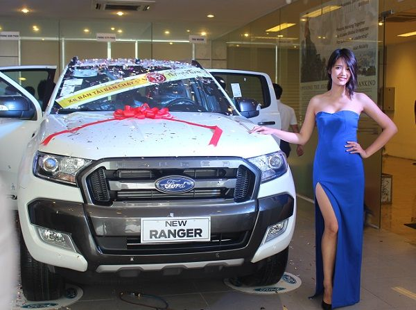 FORD RANGER - FORD ECOSPORT: Ford Ranger với hai cầu chủ động mới