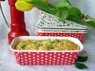 Di gotuje: Keks wytrawny z żółtym serem i wędzonym łososiem