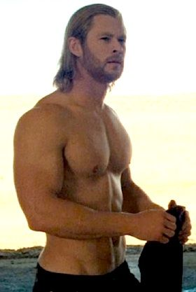 Chris Hemsworth shirtless in Thor. MmmmmmThor Shirtless, Beautifull People, Chris Hemsworth Shirtless, Shirtless Scene, Christian Grey, Maine Problems, Beautiful People, Guys, The Avengers