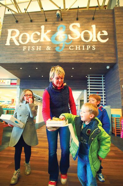 Rock sole pop into our rock sole restaurant in for Rock n fish restaurant