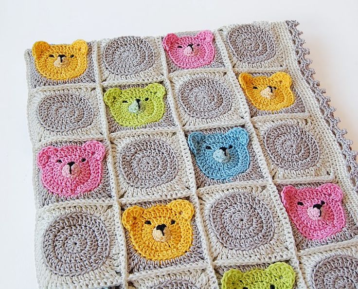 Teddy Bear Granny Square Tutorial by Dada's place. Description from pinterest.com. I searched for this on bing.com/images