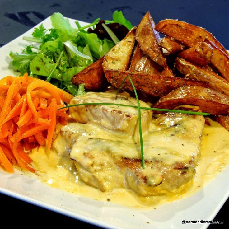 Cuisine Normande au Bistrot du Grand Carrefour au Havre. Tendre de porc à la normande