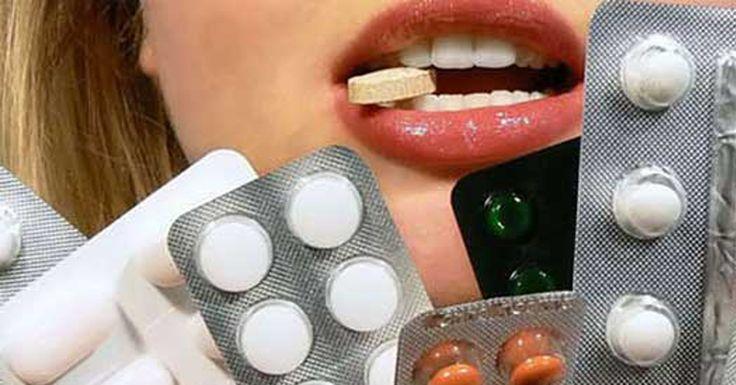Если вы один из тех, кто любит подождать до последнего момента и только сильная зубная боль может заставить вас посетить стоматолога, тогда эти домашние средства для вас! Есть несколько причин сильной зубной боли, среди которых можно упомянуть: кариес, который поражает нервы зуба, абсцесс в моляре, выход зубов мудрости, треснувший зуб и пищу, которая остается между …