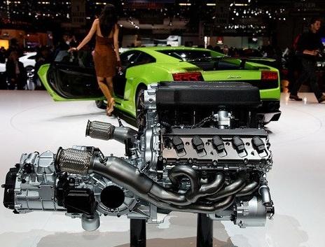 машина ламборджини галарадо двигатель