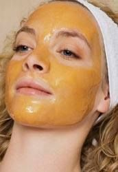 Vous avez des cicatrices ou des boutons tenaces ? Vous sentez que votre peau manque d'éclat ? Rien de mieux qu'un bon MASQUE AU MIEL, effet garanti ! Vous aurez besoin de : - 1 cuillère à soupe de miel (Plus le Miel est foncé plus le résultat est meilleur);...
