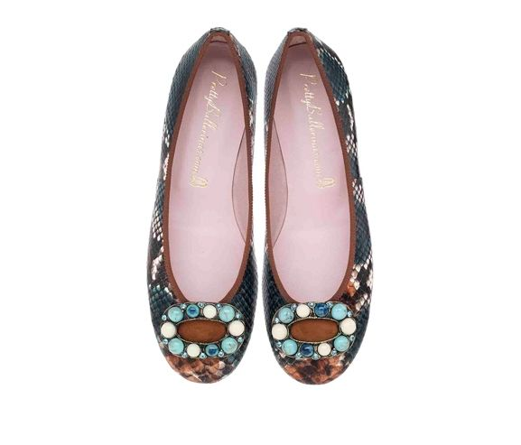 PRETTY LITTLE BALLERINAS - Snaked printed leather flats. Made in Spain.