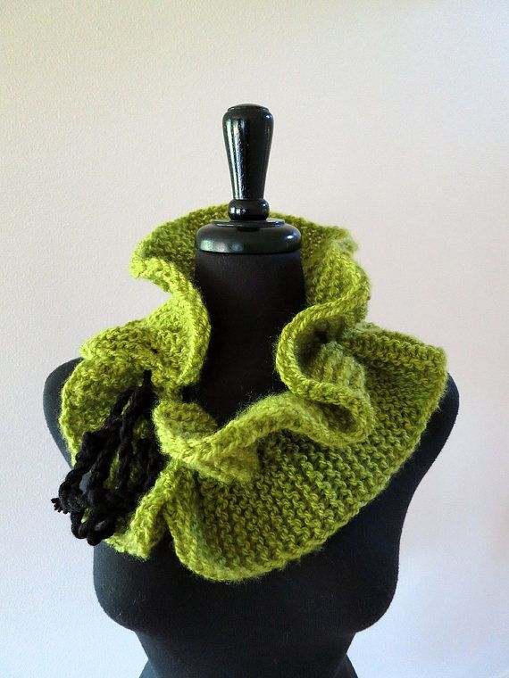 Knitted scarves transformers