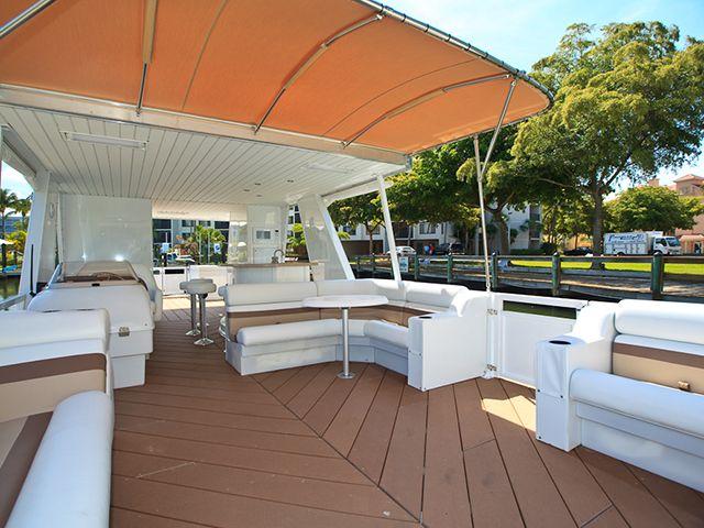 Destination Yachts | Top Deck