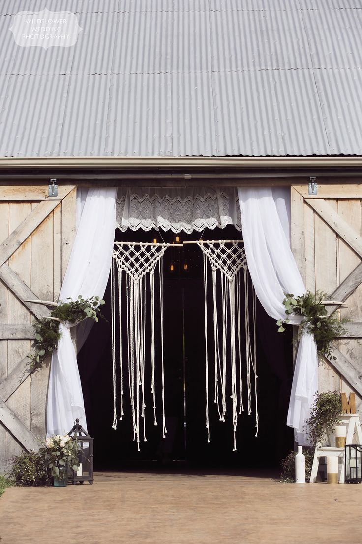 barn wedding venues twin cities%0A This Kempker u    s Back    barn wedding venue in southern MO had fields of  wildflowers and outdoor dancing with twinkle lights  macrame and lace was  perfection