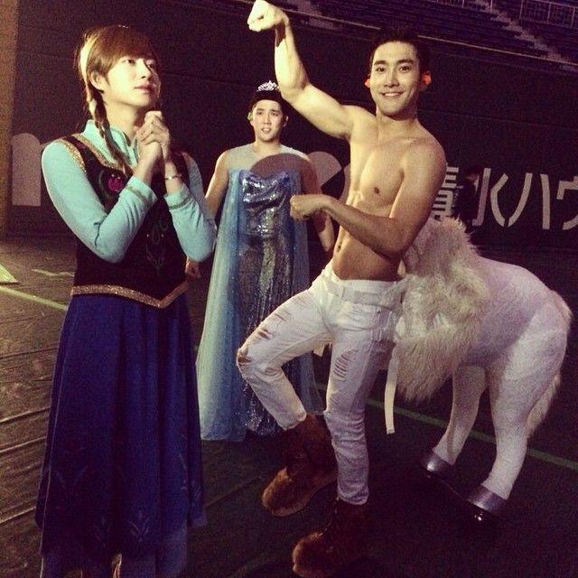 I really like the Korean version of a Halloween horse HAHAHAHA <3 NORAZO~